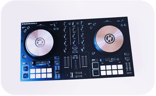 Controllers for Beginner DJ Equipment Guide