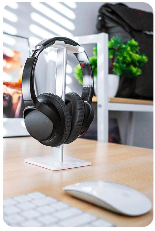 Lightweight Headphones Uses and Purposes