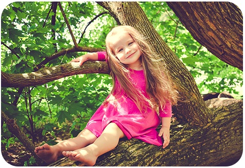 Outdoor Children Photography in Green Areas