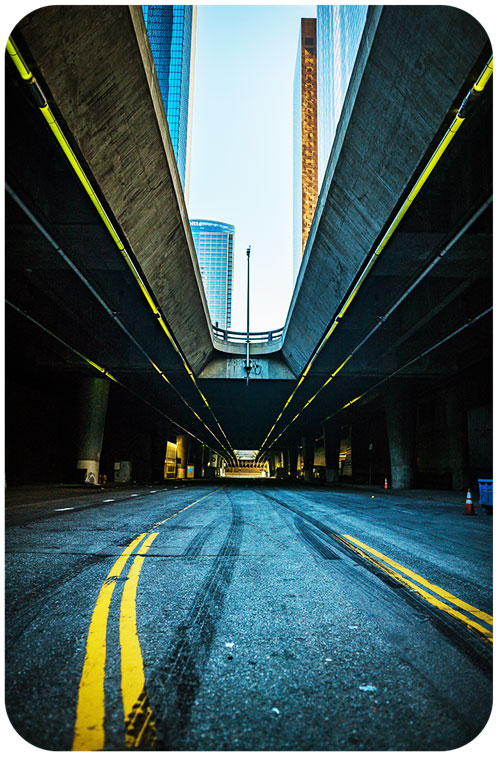 Urban Landscape Photography Focusing on the Foreground Perspective