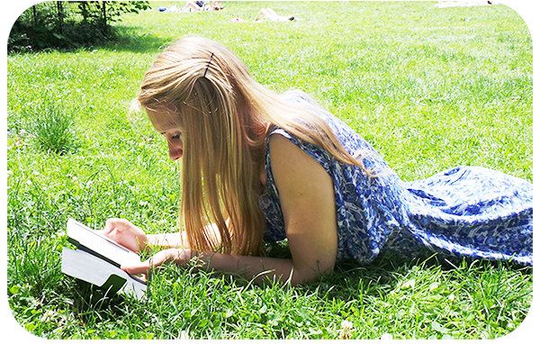 E readers Story and Features