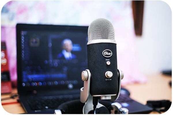 Improve the Quality of Your Videos With an External Microphone